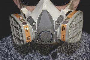 crea un ventilador con una máscara de buceo