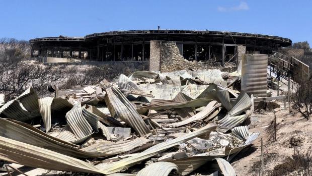 Las suites para huéspedes en Southern Ocean Lodge fueron arrasadas por los incendios en la Isla Canguro el verano pasado.