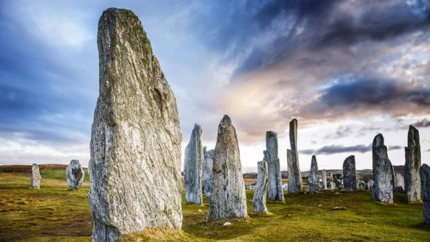 Los antiguos menhires de Callanish en Lewis en las Hébridas Exteriores de Escocia.