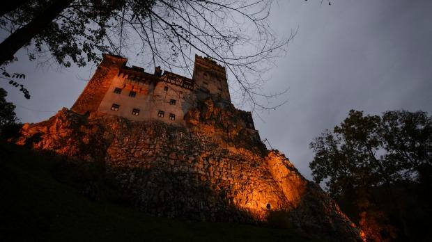 Bran Castle, que se presume que es una inspiración para la imponente casa de los vampiros en la novela Drácula de Bram Stoker.