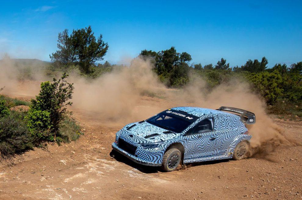 Hyundai prepara al piloto híbrido del WRC para la temporada 2022