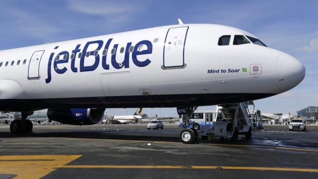 Las aerolíneas estadounidenses han reportado alrededor de 1300 casos de pasajeros rebeldes a la FAA desde febrero, un gran aumento en comparación con ...