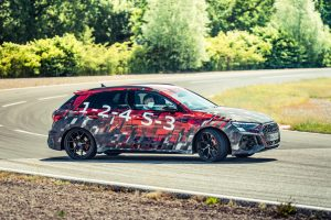 Nuevo Audi RS3 2021 detallado en vista de la próxima revelación