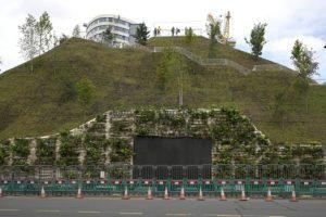 'Slag heap': Marble Arch Mound, la atracción más nueva de Londres, cierra después de solo dos días