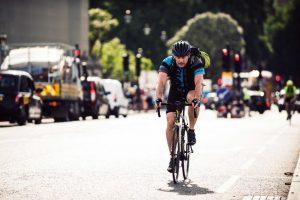 El nuevo código de circulación da prioridad a ciclistas y peatones